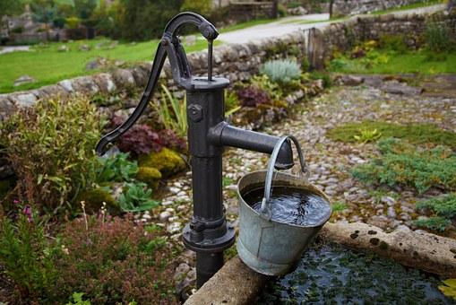 渡辺パイプの井戸水