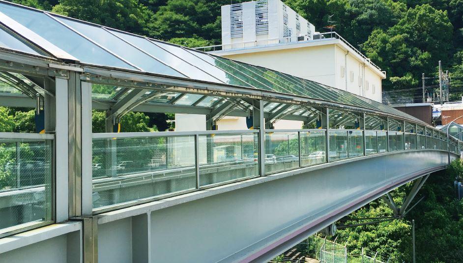 JR新神戸駅の連絡橋