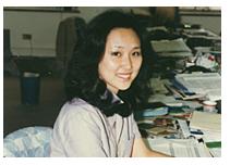 中川郁子の職場での写真